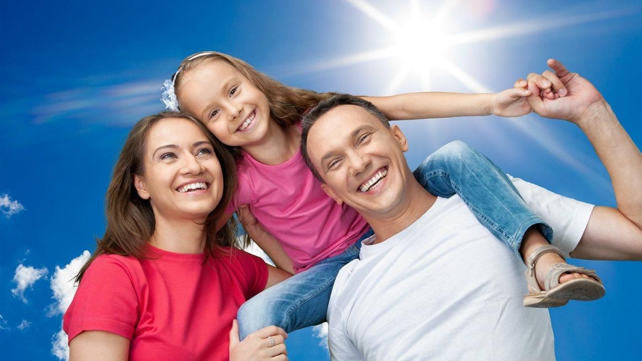 5998773-happy-family-images-happy-family
