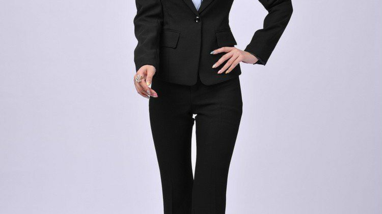 733534167_074-business-woman