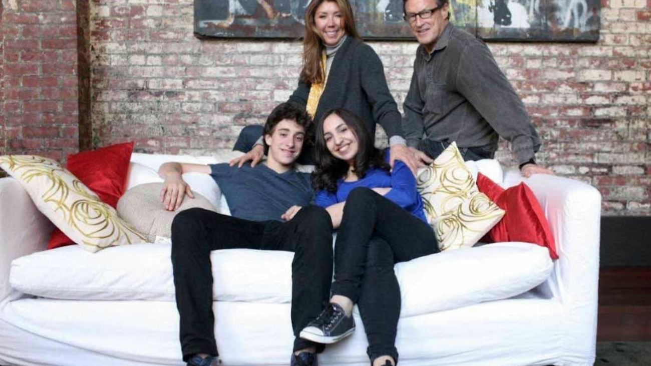 happy-family-with-teenagers-2-happy-family